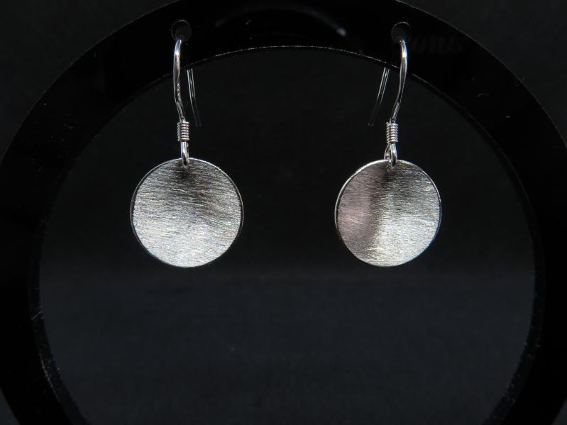 Ohrringe gebürstetes Silber