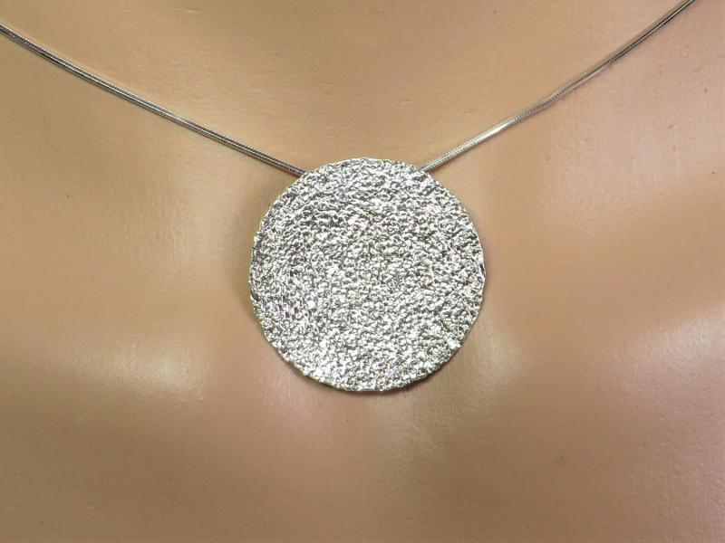 Kettenanhänger Silber gehämmert