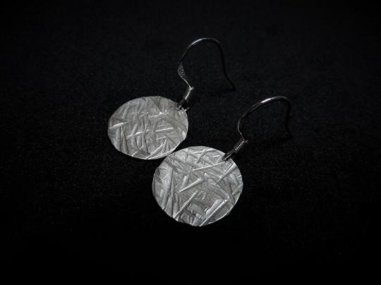 Ohrhänger aus Sterlingsilber mit Rillen