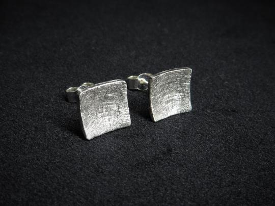 Ohrstecker quadratisch Silber
